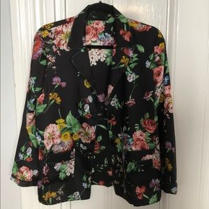Floral Zara Blazer/Pajama Top Button-down
